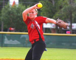Allie Crummey pitching last week.