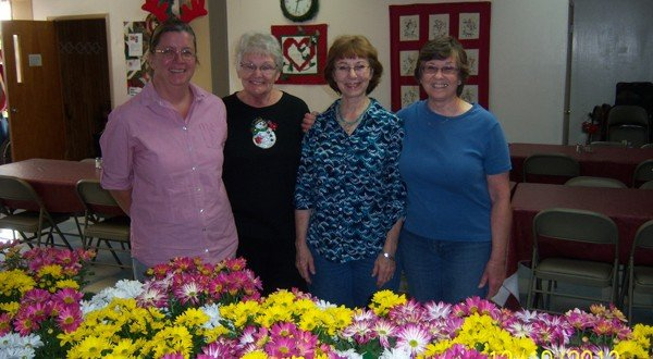 Garden club jazzes up hot meals