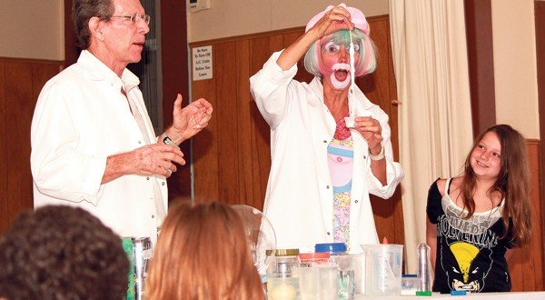 Dozens of youths encouraged to 'fizz, boom, read' at summer series