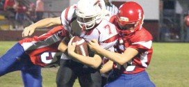 Batted 2-point pass seals win over Lake City