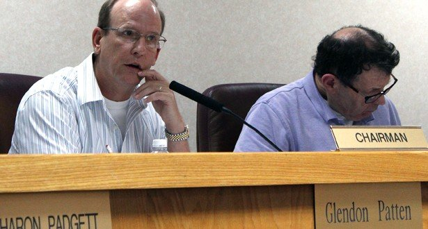 LPA rejects salon, horse petitions