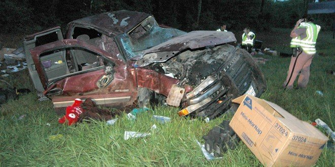 I-10 rollover fatal to Texas man