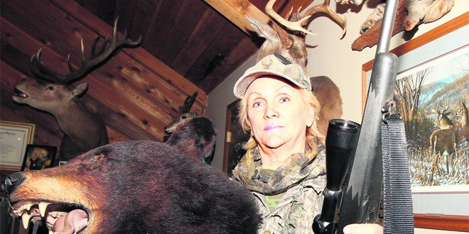 Bear hunting's back in Florida: 2 women among 15 with local permits